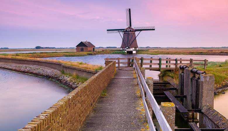 places to visit in holland