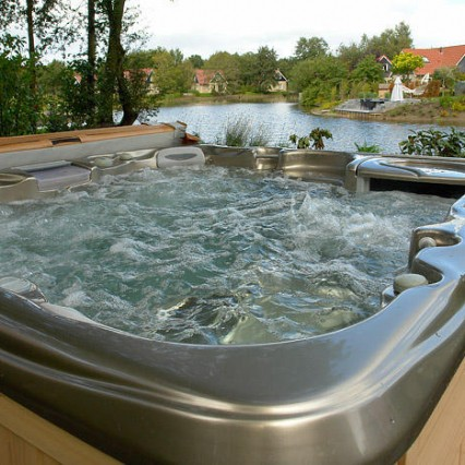 hot tub lake